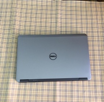 Dell Latitude 12 E7240 (Intel Core i5-4300U 1.9GHz, 8GB RAM, 128GB SSD, VGA Intel HD Graphics 4400, 12.5 inch, Windows 7 Professional 64 bit)